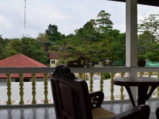 Baan Suan villa - Appartement 2 chambres 80m2 - Patong vacation rentals