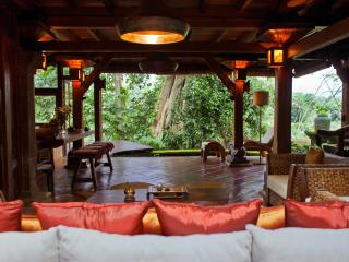 Ki Ma Ya Retreat ,At One with Nature - Petulu vacation rentals