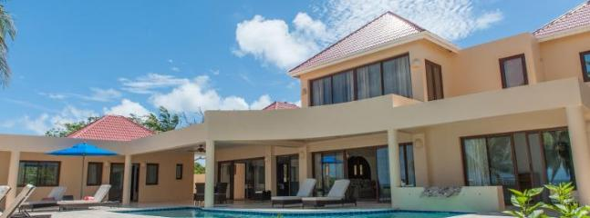 Zebra - Ideal for Couples and Families, Beautiful Pool and Beach - Meads Bay vacation rentals