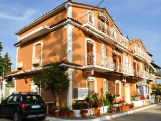 Apartment 4 people (C) - Katelios vacation rentals