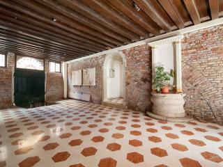 Comfortable 3 bedroom City of Venice Condo with Internet Access - City of Venice vacation rentals