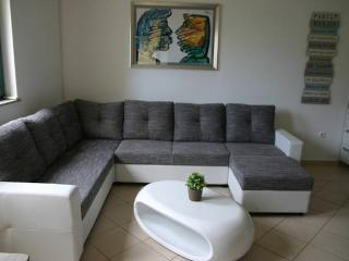 Alex beautiful&modern ap. in the city center for 6 - Novalja vacation rentals