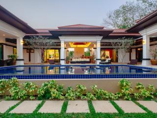 Modern Luxury 4Bed Phuket PoolVilla - Thalang vacation rentals