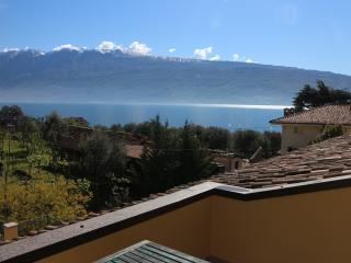 """Altissimo"" lake view terrace - Gargnano vacation rentals"
