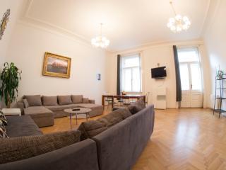 3-Bedroom 135m2 w/Balcony Prague 1 - Prague vacation rentals