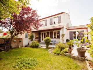 3 bedroom House with Internet Access in Saint-Gely-du-Fesc - Saint-Gely-du-Fesc vacation rentals