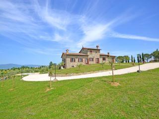 Villa Anita recently reconstructed for family - Cortona vacation rentals