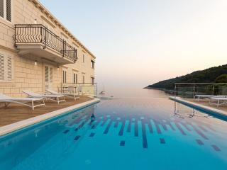 One bedroom apt with loggia-view - Saplunara vacation rentals