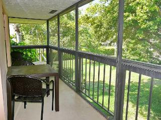 Charming, secluded condo with two heated pools and a short walk to the beach - Marco Island vacation rentals