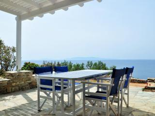Villa by the sea in Tinos (2bdr) - Stavros Bay - Tinos Town vacation rentals