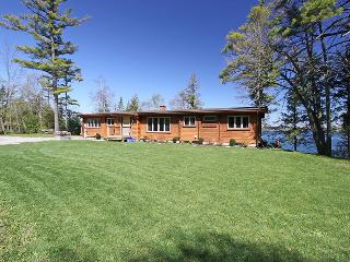 Christie Log Home cottage (#1057) - Lake Simcoe vacation rentals