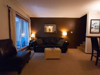 Glaciers Reach 45 - Private hot tub, Pool, Air Con. - Whistler vacation rentals