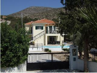 Beautiful 3 bedroom Psili Ammos Villa with Internet Access - Psili Ammos vacation rentals