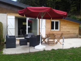 Confortable chalet rénové à Treignac - Treignac vacation rentals