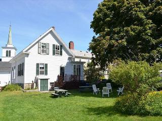 The Robert House: 4 bedroom Rockport village house, sleeps 7 - Rockport vacation rentals