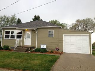 Single Family Home, Attached Garage - Pender vacation rentals