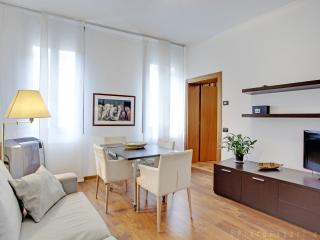 Elegant apartment up to six - Venice vacation rentals