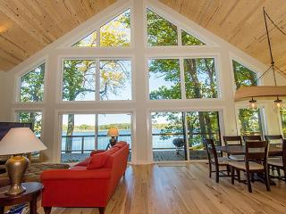 New Construction Waterfront Home On All-sport Para - Vandalia vacation rentals
