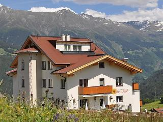 Comfortable 2 bedroom Vacation Rental in Fiss - Fiss vacation rentals