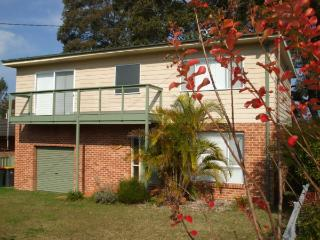 Comfortable 4 bedroom House in Sanctuary Point - Sanctuary Point vacation rentals