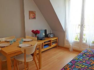 Cozy 2 bedroom House in Cabourg with Television - Cabourg vacation rentals