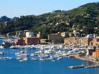 Delizioso appartamento a pochi passi dal mare - Santa Margherita Ligure vacation rentals