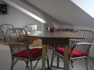 Sainte Catherine Studio-Main center-Historic place - Honfleur vacation rentals