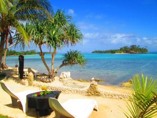 """UNIQUE"".... ""BOUTIQUE"".....""TROPPO MYSTIQUE"" - Port Vila vacation rentals"