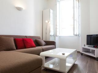 Nice Condo with Internet Access and Dishwasher - Cannes vacation rentals