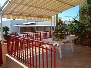 PESCOLUSE VILLA 6/13 1600€ 12/15 POSTI LETTO - Pescoluse vacation rentals
