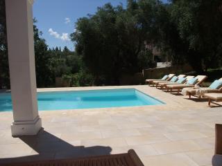 Charming 4 bedroom Villa in Corfu Town - Corfu Town vacation rentals