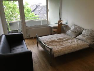 Amazing Room in the Center of Düsseldorf - Düsseldorf vacation rentals