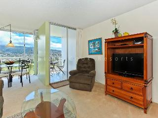 Mountain and Golf Course Views! Washer & dryer, A/C, FREE WiFi  and parking! - Waikiki vacation rentals