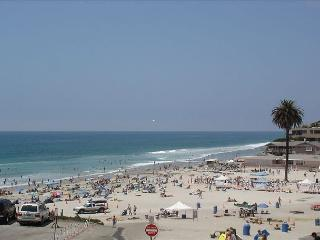 Magnificent Beachfront Home directly on Moonlight Beach Designer Decorated - Encinitas vacation rentals