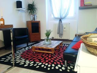 2 bedroom Condo with Washing Machine in Meda - Meda vacation rentals