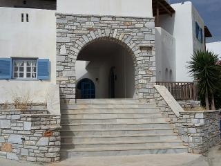 2-Room-Apartment next to the beach - Aliki vacation rentals