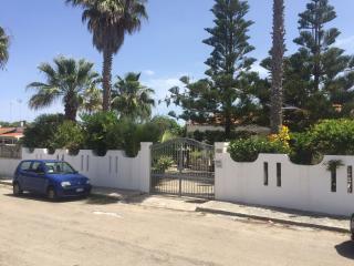 soluzioni in villa marina di torre dell'orso - San Foca vacation rentals