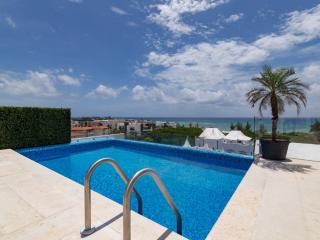 A few steps from the beach - Playa del Carmen vacation rentals
