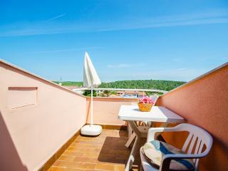 Bright Banjole Apartment rental with Internet Access - Banjole vacation rentals