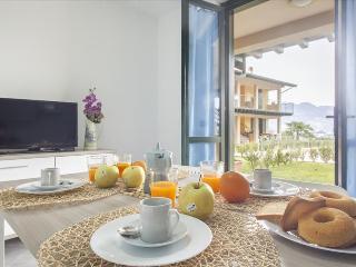 Modern apt in luxury complex w/pool - Pilzone vacation rentals