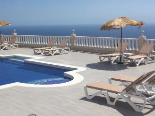 Stunning Private Villa - Amazing Pool & Jacuzzi - Adeje vacation rentals