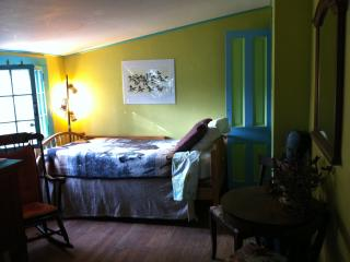 Romantic 1 bedroom Farmhouse Barn in Stockbridge with Internet Access - Stockbridge vacation rentals