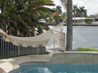 Villa Lucilla Waterfront Family-Home, heated pool - Pompano Beach vacation rentals