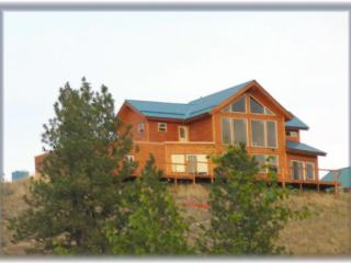Miners' Lodge-Wild West Vacation Home- Lake Curlew - Republic vacation rentals