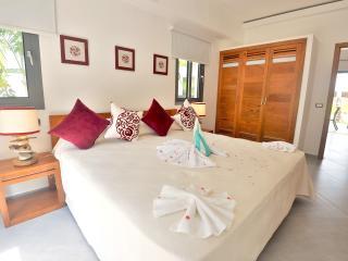 1-bdrm condo in beachfront complex (F4) - Las Terrenas vacation rentals