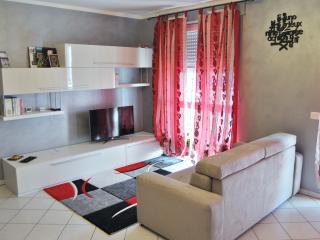 2 bedroom Condo with Internet Access in Alba - Alba vacation rentals