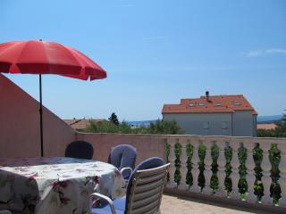 Five person apartment in the town of Krk - Krk vacation rentals