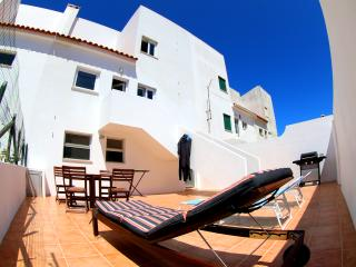 Cozy 3 bedroom House in Atouguia da Baleia - Atouguia da Baleia vacation rentals