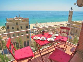 TIANA Seaview & Beach-apartment - Barcelona vacation rentals