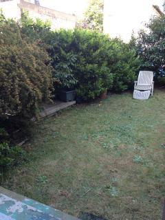 Appartement 2 pièces avec jardin - Bois Colombes vacation rentals